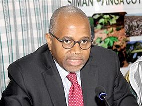 Cheick Travally, directeur général d'Ecobank. Photo : Tiego Tiemtoré