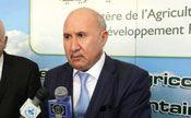 Abdelwahab Nourri, ministre de l'Agriculture de 2013 à 2015, refusait de céder aux pressions d'installer  des zones industrielles sur les terres agricoles.